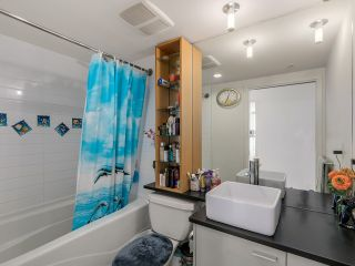 Photo 11: # 3003 33 SMITHE ST in Vancouver: Yaletown Condo for sale (Vancouver West)  : MLS®# V1124467