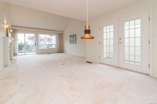 Photo 6: 15 928 Bearwood Lane in : SE Broadmead Row/Townhouse for sale (Saanich East)  : MLS®# 872824