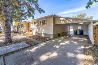 Photo 2: 1138 Currie Crescent in Moose Jaw: Hillcrest MJ Residential for sale : MLS®# SK871915