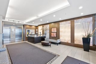 Photo 2: 906 1887 CROWE Street in Vancouver: False Creek Condo for sale (Vancouver West)  : MLS®# R2617531