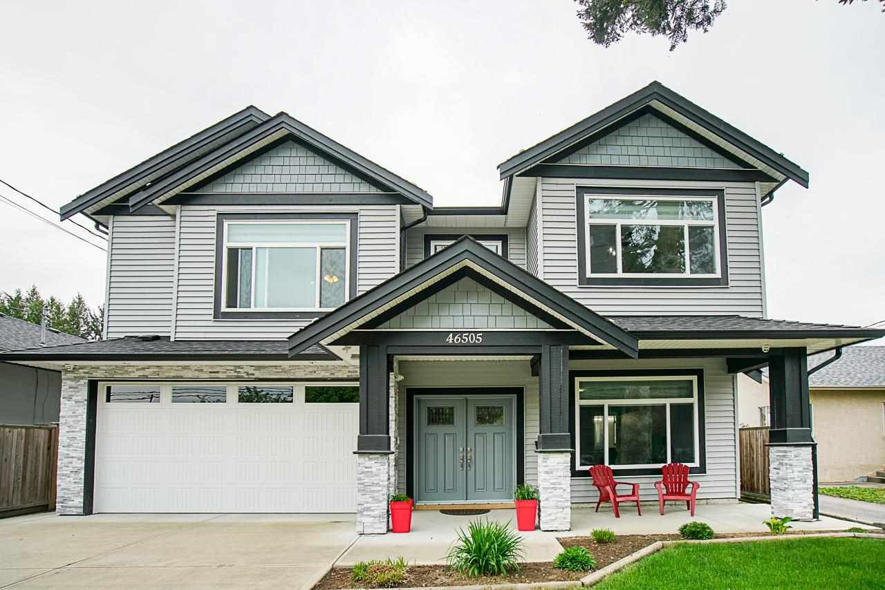 Main Photo: 46505 BROOKS Avenue in Chilliwack: Chilliwack E Young-Yale House for sale : MLS®# R2574145