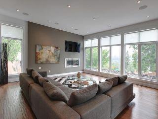 Photo 3: 8703 105 Street in Edmonton: Zone 15 House Half Duplex for sale : MLS®# E4247547