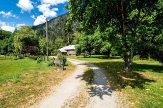 "Photo 14: 2211/31 DRUMMOND Road in Squamish: Upper Squamish House for sale in ""UPPER SQUAMISH"" : MLS®# R2190623"