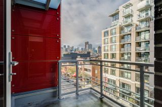 "Photo 9: 708 188 KEEFER Street in Vancouver: Downtown VE Condo for sale in ""188 KEEFER BY WESTBANK"" (Vancouver East)  : MLS®# R2212683"