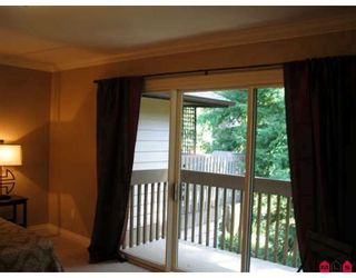 "Photo 6: 1452 NICHOL Road in White_Rock: White Rock Townhouse for sale in ""Ocean Ridge"" (South Surrey White Rock)  : MLS®# F2811639"
