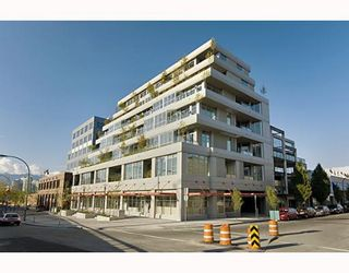 """Photo 1: 203 495 W 6TH Avenue in Vancouver: Mount Pleasant VW Condo for sale in """"LOFT 495"""" (Vancouver West)  : MLS®# V772175"""