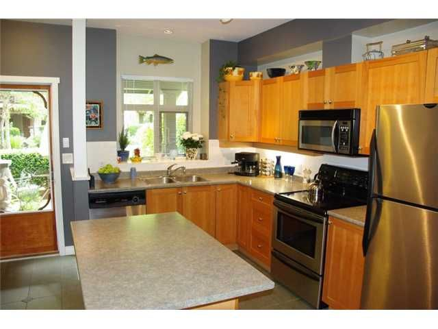 """Main Photo: 239 18 JACK MAHONY Place in New Westminster: GlenBrooke North Townhouse for sale in """"THE WESTERLY"""" : MLS®# V829408"""