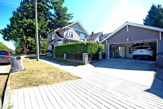 Photo 2: 2488 E 37TH Avenue in Vancouver: Collingwood VE House for sale (Vancouver East)  : MLS®# R2601929