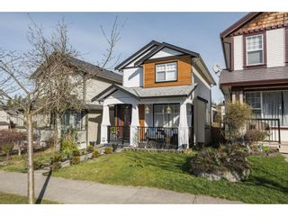 """Photo 3: 24311 102 Avenue in Maple Ridge: Albion House for sale in """"Country Lane"""" : MLS®# R2554699"""