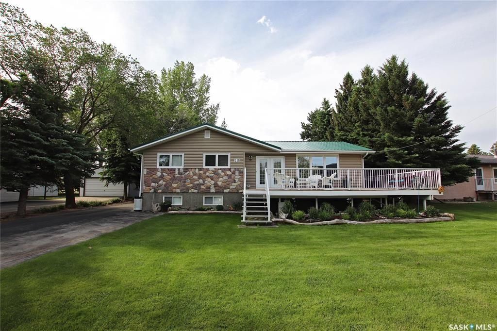 Main Photo: 211 Herchmer Crescent in Beaver Flat: Residential for sale : MLS®# SK830224