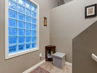 Photo 4: 5 103 ADDINGTON Drive: Red Deer Row/Townhouse for sale : MLS®# A1027789