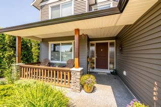 Photo 2: 2420 Avro Arrow Dr in : CV Comox (Town of) House for sale (Comox Valley)  : MLS®# 882382