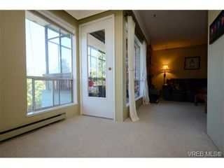 Photo 13: 302 1725 Cedar Hill Cross Rd in VICTORIA: SE Mt Tolmie Condo for sale (Saanich East)  : MLS®# 719908