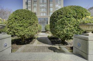 """Photo 18: 1505 2668 ASH Street in Vancouver: Fairview VW Condo for sale in """"CAMBRIDGE GARDENS"""" (Vancouver West)  : MLS®# R2354882"""