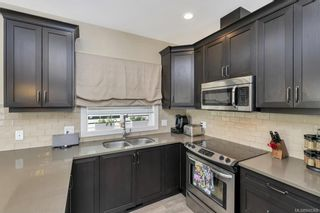Photo 3: 1238 Bombardier Cres in Langford: La Westhills House for sale : MLS®# 840368