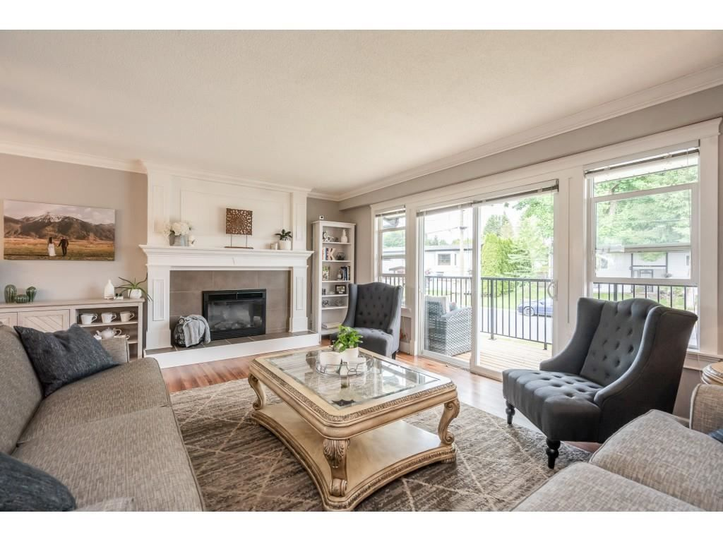 Photo 3: Photos: 32093 SANDPIPER Drive in Mission: Mission BC House for sale : MLS®# R2588043