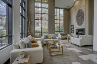 """Photo 11: 409 139 W 22ND Street in North Vancouver: Central Lonsdale Condo for sale in """"Anderson Walk"""" : MLS®# R2382264"""