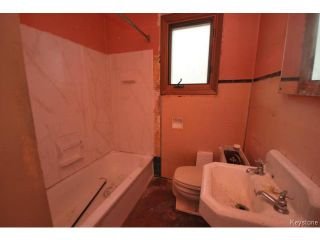 Photo 10: 127 Des Meurons Street in WINNIPEG: St Boniface Residential for sale (South East Winnipeg)  : MLS®# 1516300