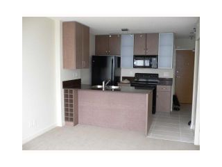 """Photo 2: 1210 909 MAINLAND Street in Vancouver: Downtown VW Condo for sale in """"YALETOWN PARK"""" (Vancouver West)  : MLS®# V854802"""