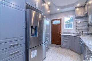 Photo 9: 906 6th Avenue North in Saskatoon: City Park Residential for sale : MLS®# SK862802
