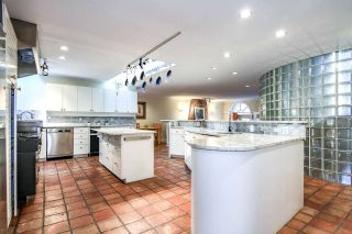 Photo 11: 4220 STARLIGHT WAY in North Vancouver: Upper Delbrook House for sale : MLS®# R2036386