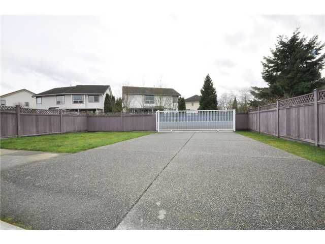 Photo 9: Photos: 1428 Riverwood Gate in Port Coquitlam: Riverwood House for sale : MLS®#  V875055