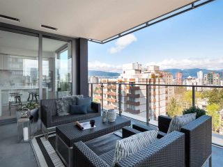 Photo 2: 1001 1171 JERVIS STREET in Vancouver: West End VW Condo for sale (Vancouver West)  : MLS®# R2383389