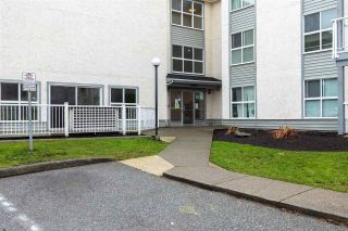 """Photo 3: 226 32850 GEORGE FERGUSON Way in Abbotsford: Central Abbotsford Condo for sale in """"ABBOTSOFRD PLACE"""" : MLS®# R2600359"""