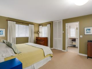 Photo 11: 13258 19A Avenue in South Surrey B.C.: Home for sale : MLS®# R2035993