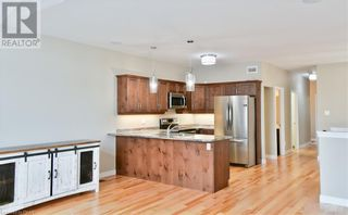 Photo 10: 275 LOUDEN TERRACE in Peterborough: House for sale : MLS®# 268635