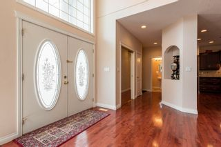 Photo 2: 721 HOLLINGSWORTH Green in Edmonton: Zone 14 House for sale : MLS®# E4259291