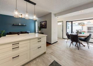 Photo 13: 121 Woodfield Close SW in Calgary: Woodbine Detached for sale : MLS®# A1126289