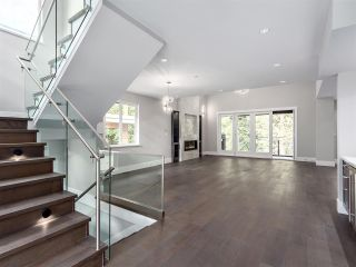 """Photo 4: 3325 DESCARTES Place in Squamish: University Highlands House for sale in """"University Meadows"""" : MLS®# R2205912"""