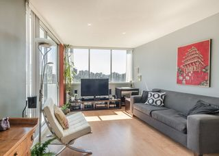"""Photo 5: 2105 1251 CARDERO Street in Vancouver: West End VW Condo for sale in """"THE SURFCREST"""" (Vancouver West)  : MLS®# R2190584"""
