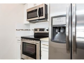 """Photo 8: 315 5650 201A Street in Langley: Langley City Condo for sale in """"PADDINGTON STATION"""" : MLS®# R2509283"""
