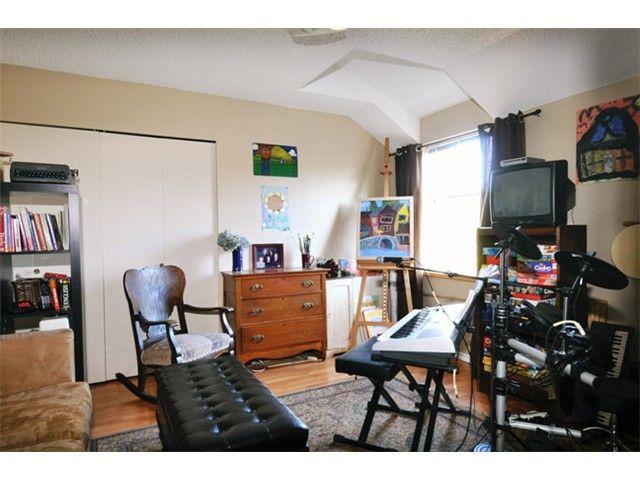 "Photo 5: Photos: # 207 20675 118TH AV in Maple Ridge: Southwest Maple Ridge Townhouse for sale in ""ARBOR WYNDE"" : MLS®# V1043404"