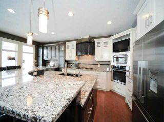 Photo 7: 369 EVERGREEN Circle SW in CALGARY: Shawnee Slps Evergreen Est Residential Detached Single Family for sale (Calgary)  : MLS®# C3551761