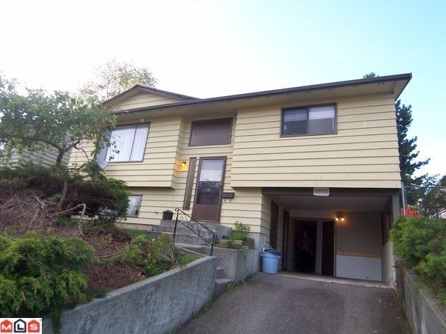 Main Photo: 32773 BADGER Avenue in Mission: Mission BC House for sale : MLS®# F1012158