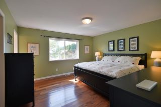 """Photo 13: 811 AURORA Way in Gibsons: Gibsons & Area House for sale in """"Upper Gibsons"""" (Sunshine Coast)  : MLS®# R2497143"""