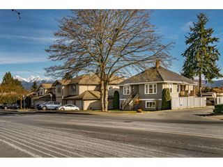 Photo 2: 12022 230 Street in Maple Ridge: East Central House for sale : MLS®# R2539410