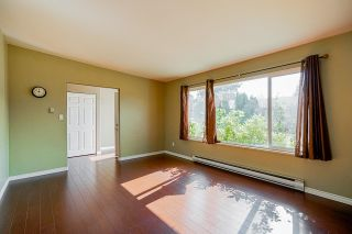 Photo 5: 22621 BROWN Avenue in Maple Ridge: East Central House for sale : MLS®# R2601756