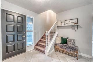 Photo 4: 3359 OAKWOOD Drive SW in Calgary: Oakridge Detached for sale : MLS®# A1145884