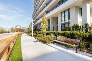 """Photo 4: 404 1678 PULLMAN PORTER Street in Vancouver: Mount Pleasant VE Condo for sale in """"NAVIO"""" (Vancouver East)  : MLS®# R2534776"""
