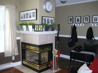 Photo 7: 15 240 10th. STREET in COBBELSTONE WALK: Home for sale