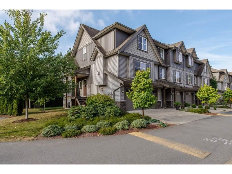 FEATURED LISTING: 1 - 45085 WOLFE Road Chilliwack