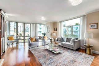"""Photo 2: 504 1501 HOWE Street in Vancouver: Yaletown Condo for sale in """"888 BEACH"""" (Vancouver West)  : MLS®# R2589803"""