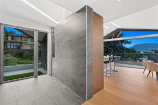 Photo 5: 1720 SASAMAT Street in Vancouver: Point Grey House for sale (Vancouver West)  : MLS®# R2587392