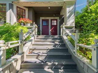 Photo 3: 2615 W 2ND Avenue in Vancouver: Kitsilano House for sale (Vancouver West)  : MLS®# R2590943