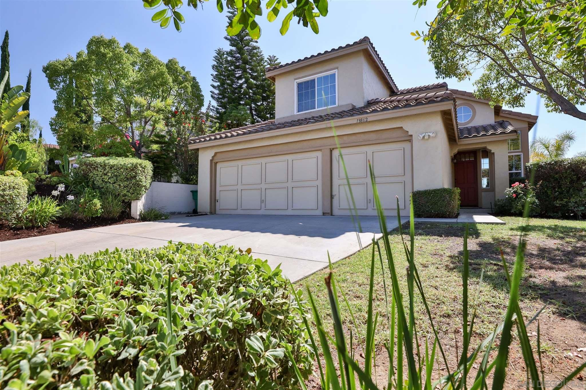 Main Photo: RANCHO PENASQUITOS House for sale : 4 bedrooms : 13862 Sparren Ave in San Diego