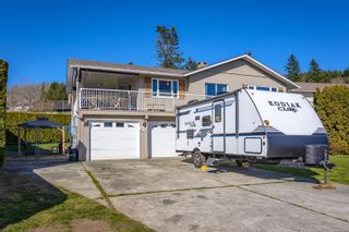 Photo 2: 335 Panorama Cres in : CV Courtenay East House for sale (Comox Valley)  : MLS®# 872608